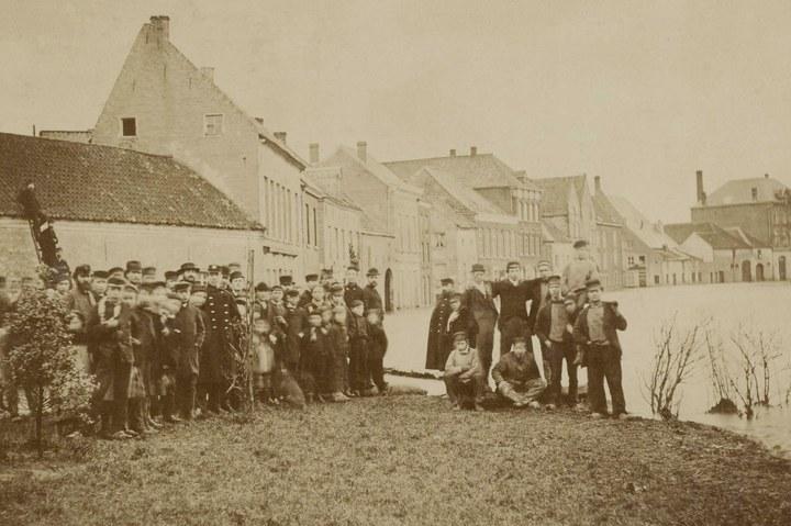 Andere tijden door andere ogen – Roermondse fotografen van 1850 tot nu